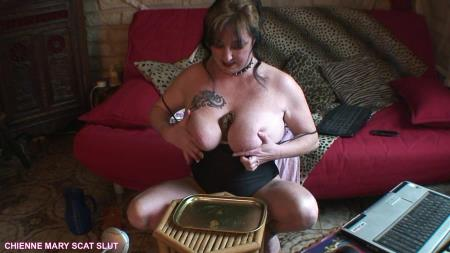Scat Poopping (Chienne Mary French Scat Slut) Webcam Scat Show [HD 720p] Solo, Big pile