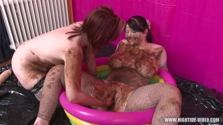 Hightide-Video (Louise Hunter, Prettylisa, 1 Male) Pretty Lisa & Louise Hunter - Shit Eater 4 [HD 720p] Scat, Lesbians, Group