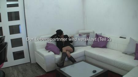 Scat-Movie-World (Lady Chantal) Der Lebenspartner wird versklavt (Teil 2) [SD] Peeing, Trampling, Boot licking