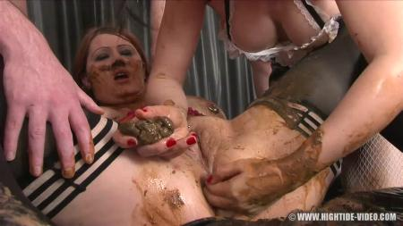 X-Static Media (Regina Bella and Louise Hunter) Born toilet [HD 720p] UK, Defecation