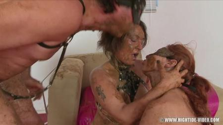 Hightide-Video (Regina Bella, Gina, 1 Male) SCAT SUBMISSION 2 [HD 720p] Scat, Lesbians, Group
