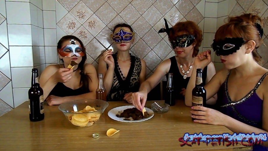 Threesome Scat (ModelNatalya94) The morning Breakfast the four girls [FullHD 1080p] Amateur, Milf
