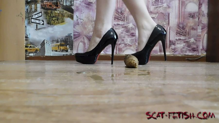 Young Girls (Katya KASS) Seductive dance with poop [FullHD 1080p] Solo, Shitting