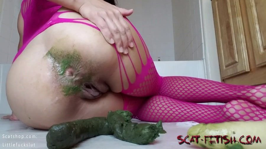 Shitting Girls (littlefuckslut) Green Poop Snaking Out of My Ass [FullHD 1080p] Amateur, Solo