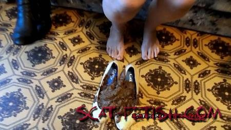 Lesbian Scat (ModelNatalya94) Full shoes crap Yana [FullHD 1080p] New scat, Scatting