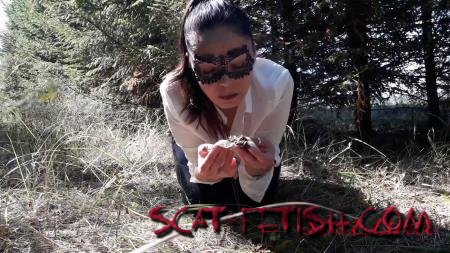 Defecation (ScatLina) In the woods fetish [FullHD 1080p] Solo, Outdoor