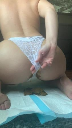 Shitty Panties (Natalielynne699) This panty poop turned real messy [UltraHD 2K] Scatology, Solo