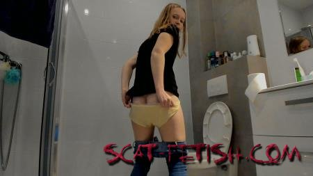 Pooping Jeans (LucyBelle) Desperation under the bathroom and poop [UltraHD 2K] Extreme, Solo